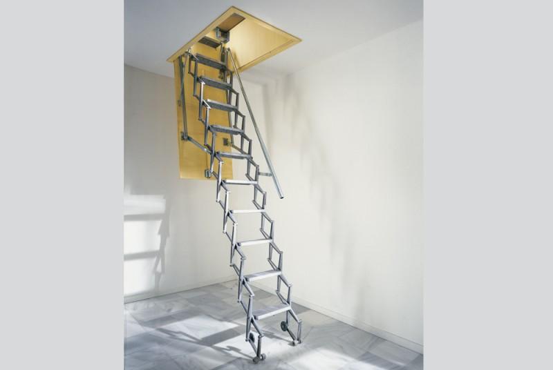 Scale retrattili a parete in legno scale retrattili a - Scale a parete ...